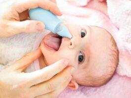 Soluzione fisiologica: come fare i lavaggi nasali ad un neonato
