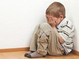 Ancora orrore a scuola, ennesimo caso di bambini maltrattati. Ma la legge sulle telecamere?