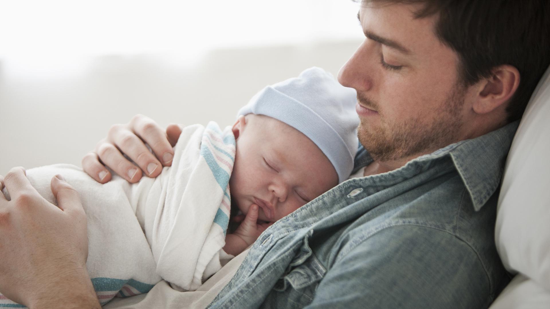 Bonus papà 2018: cos'è il congedo paternità e a chi spetta?