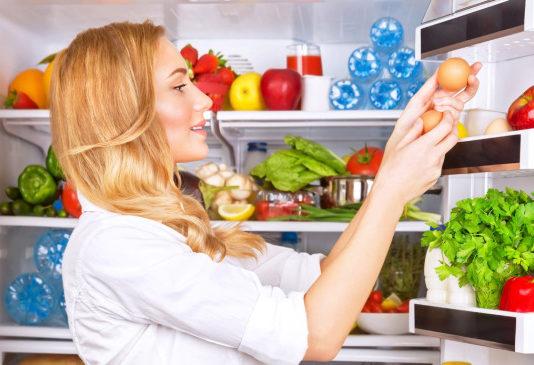 alimenti in frigorifero