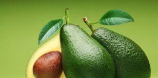 Sai perché dovresti mangiare avocado ogni giorno? Scopriamolo insieme