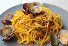 spaghetti cozze, vongole e crema di zucca