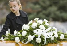 spiegare un lutto
