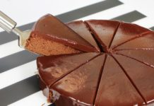 Torta tartufata al cioccolato fondente