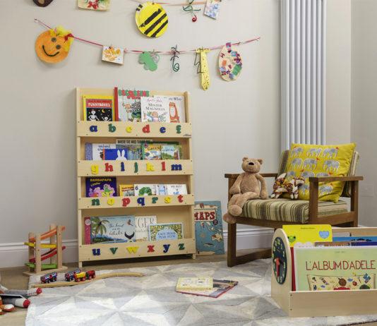 angolo di lettura montessori