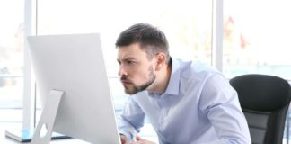 postura davanti al computer