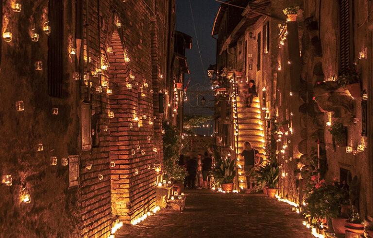 La fiabesca Notte delle Candele a Vallerano