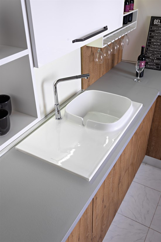 UP, la prima collezione di lavelli da cucina di Scarabeo Ceramiche ...