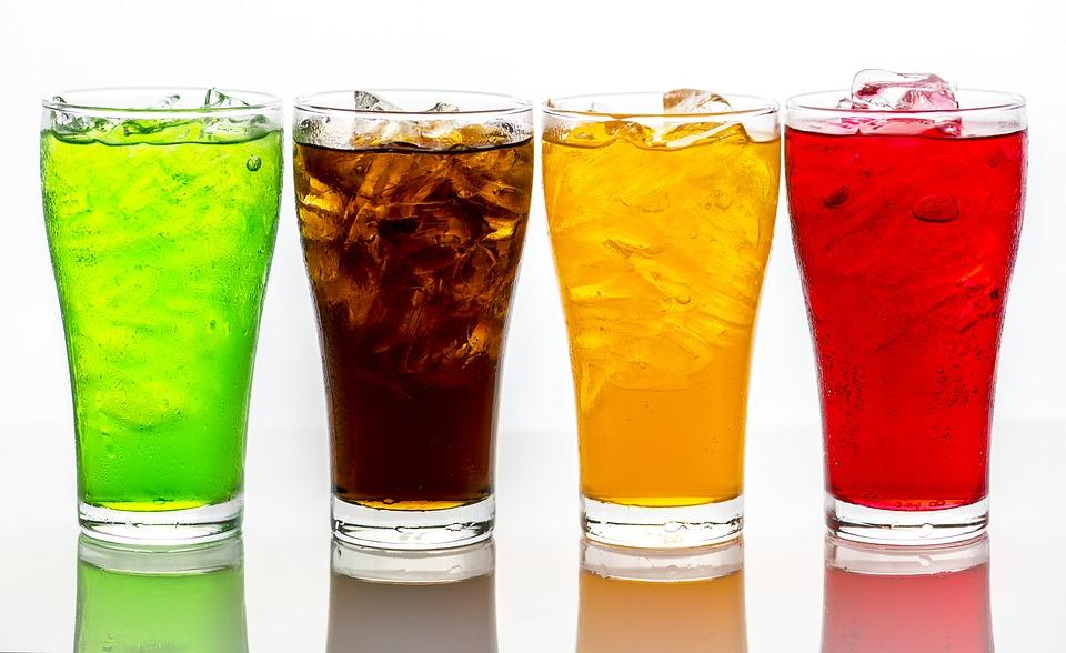 Reni e salute: evitare le bevande gassate