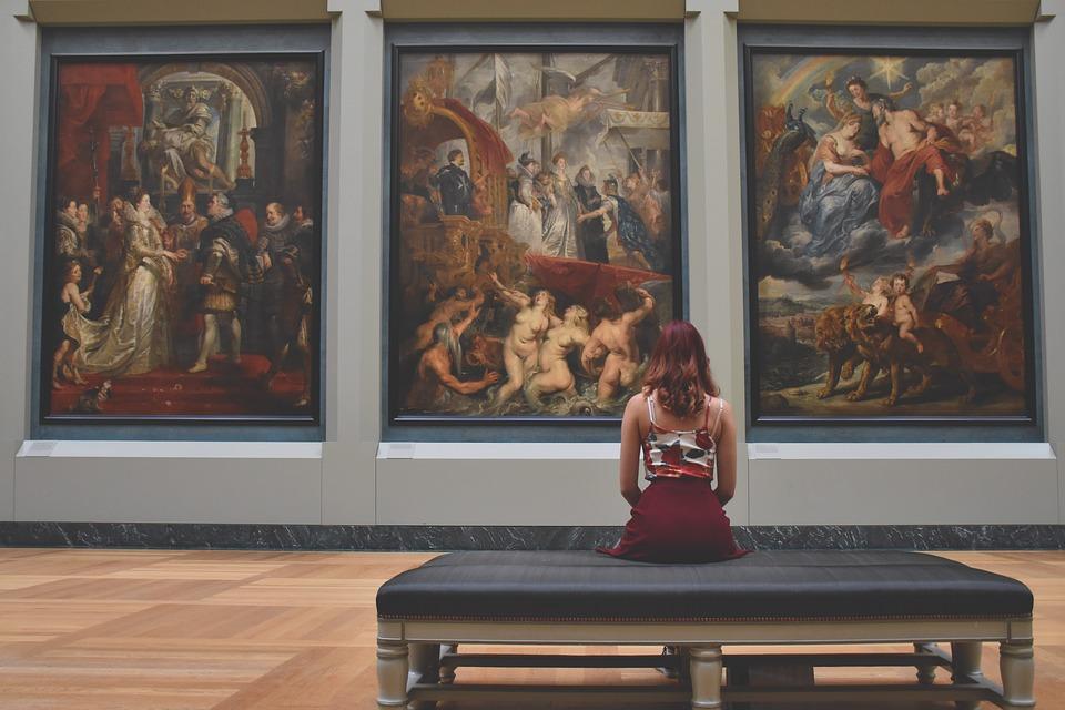 8 secondi per guardare opera arte