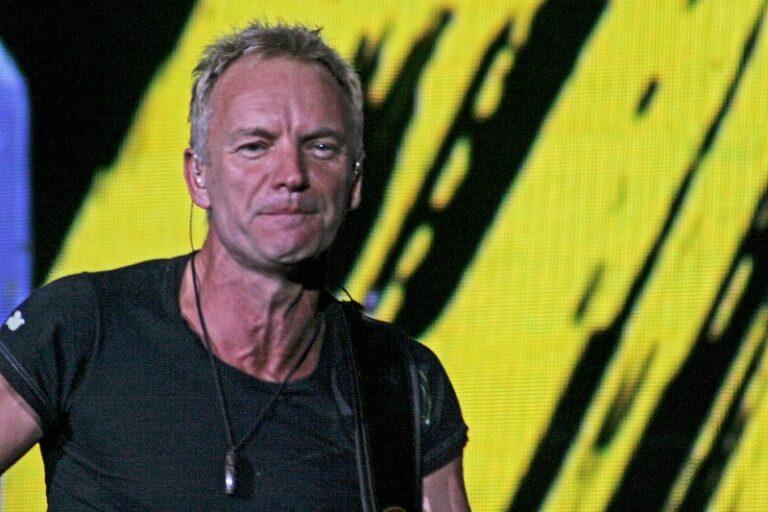 """In Piazza Duomo a Milano """"Radio Italia Live"""" il concerto con Sting ospite d'onore"""