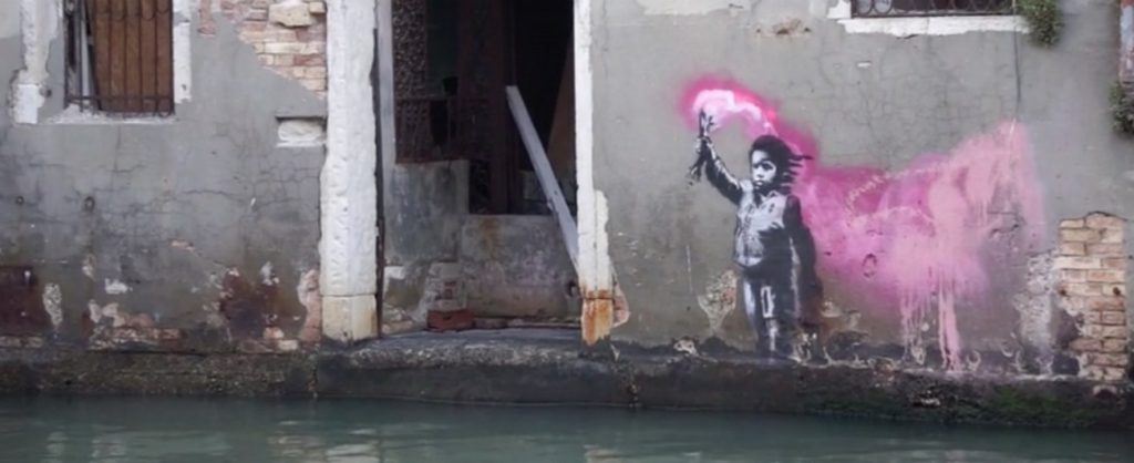banksy-venezia-bambino naufrago