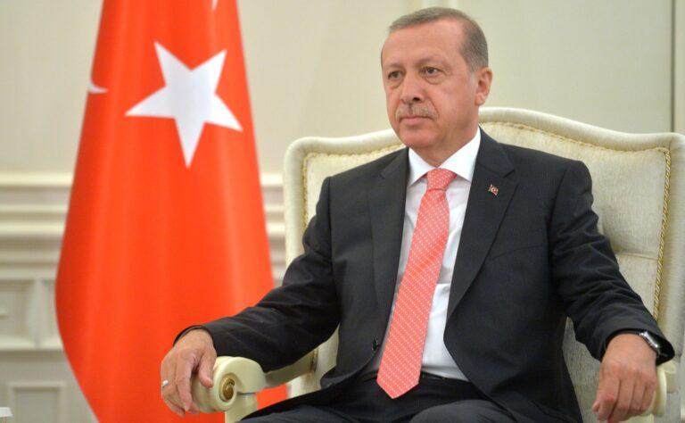 Erdogan attacca il popolo Curdo e l'Europa tace