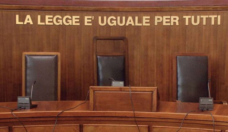 Placido Domingo, altro caso di giustizia senza processo