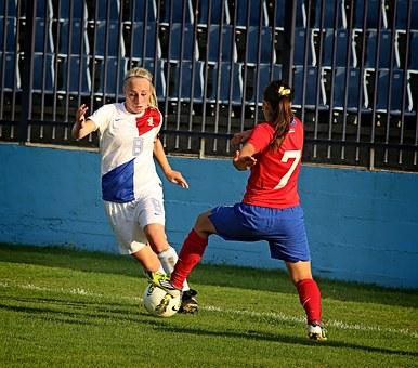 Calcio femminile, criptovalute, corruzione e…