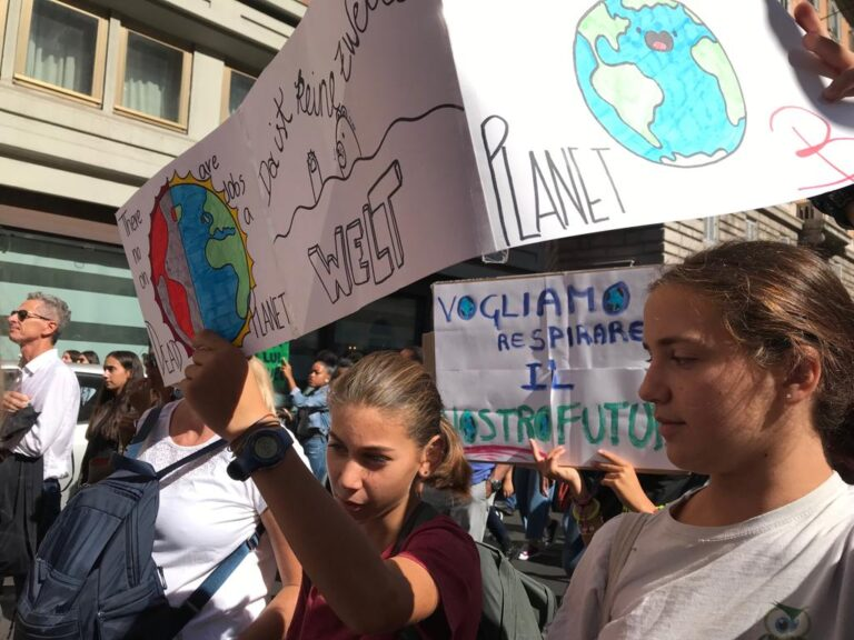 Fridays For Future mania, finalmente è boom anche in Italia!