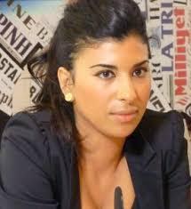 Odio contro integrazione, offese contro dialogo: Karima Moual una giornalista che non molla!