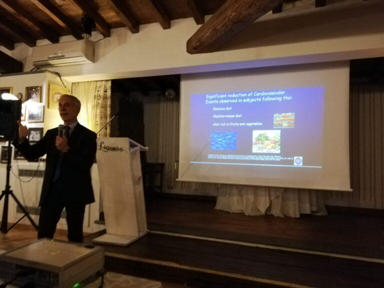 L'olio extravergine d'oliva combatte la glicemia: lo studio del Prof. Violi