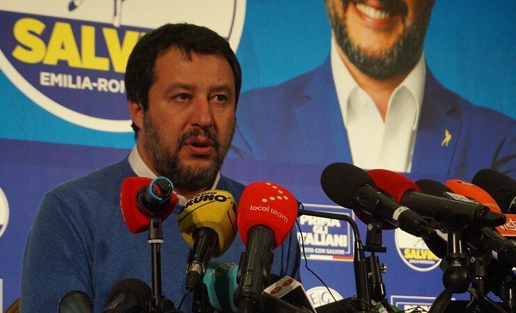 Un Matteo Salvini, visibilmente provato, commenta a caldo la sconfitta in Emilia Romagna