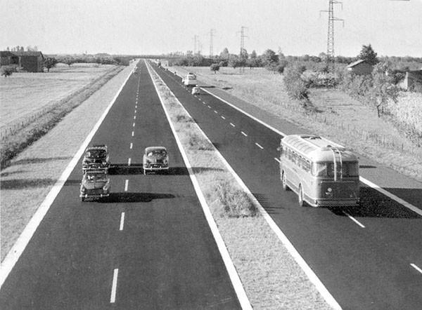 Autostrada del sole anni 60