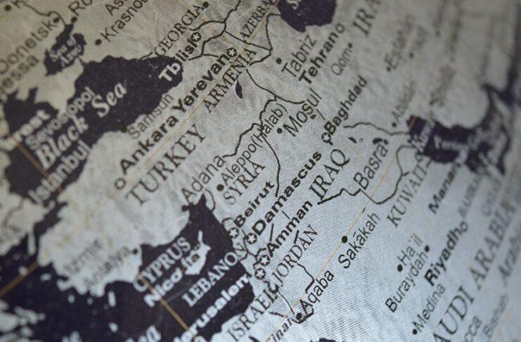 Tensioni sullo scacchiere medio orientale impongono Unione politica