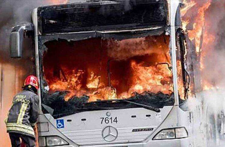 Atac bus in flames Rome