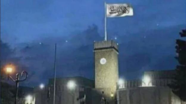 bandiera talebani kabul