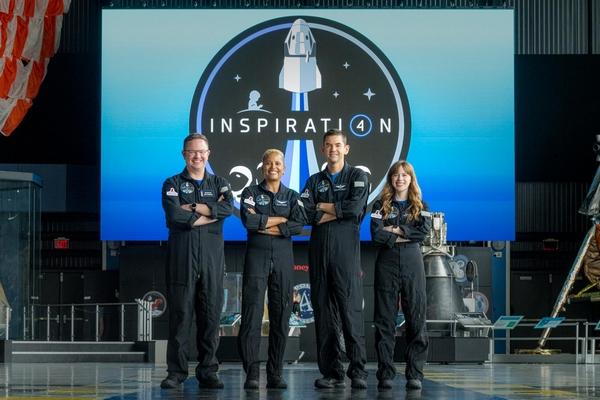 4 turisti spaziali in orbita