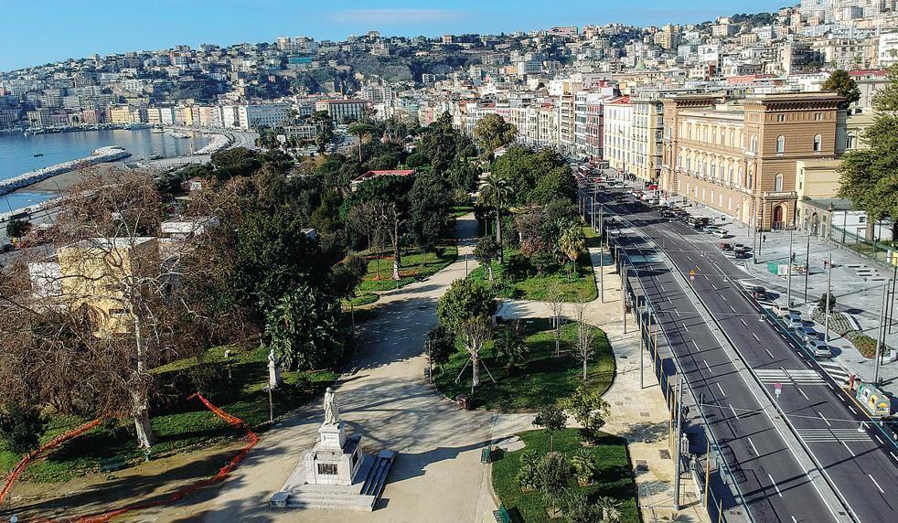Napoli lungomare e villa comunale